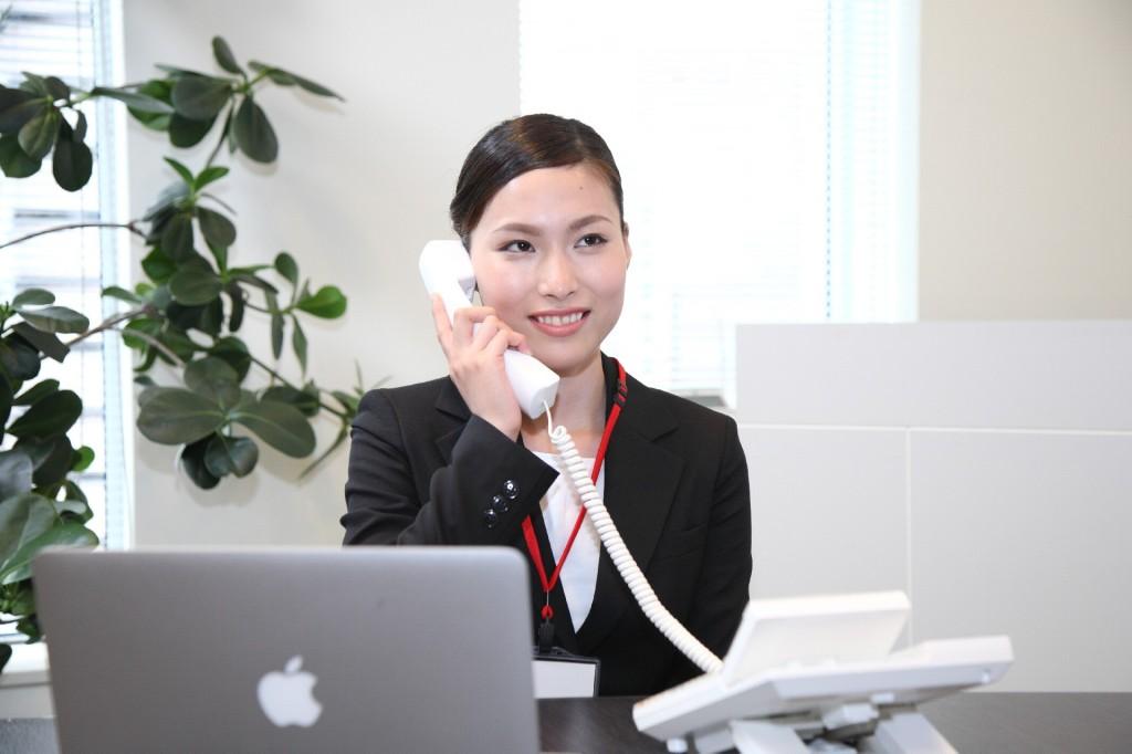 ビジネスで今すぐ使える電話応対の基本フレーズとマナー